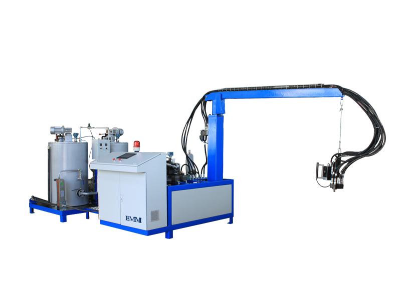 Machine combinée à haute pression en polyuréthane