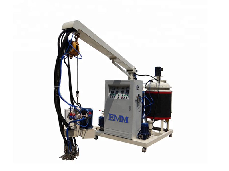 Machine à haute pression en mousse de cyclopentane