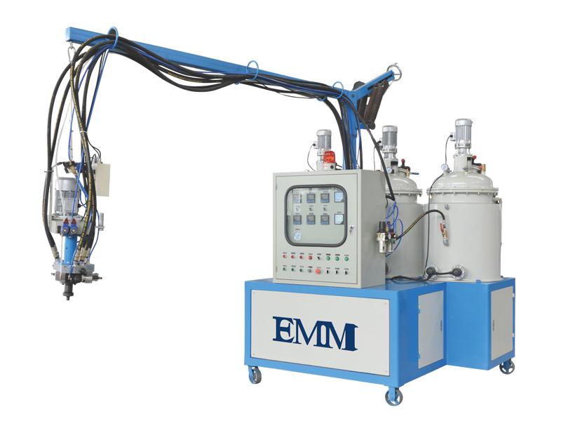 machine à mousse de polyuréthane à basse pression